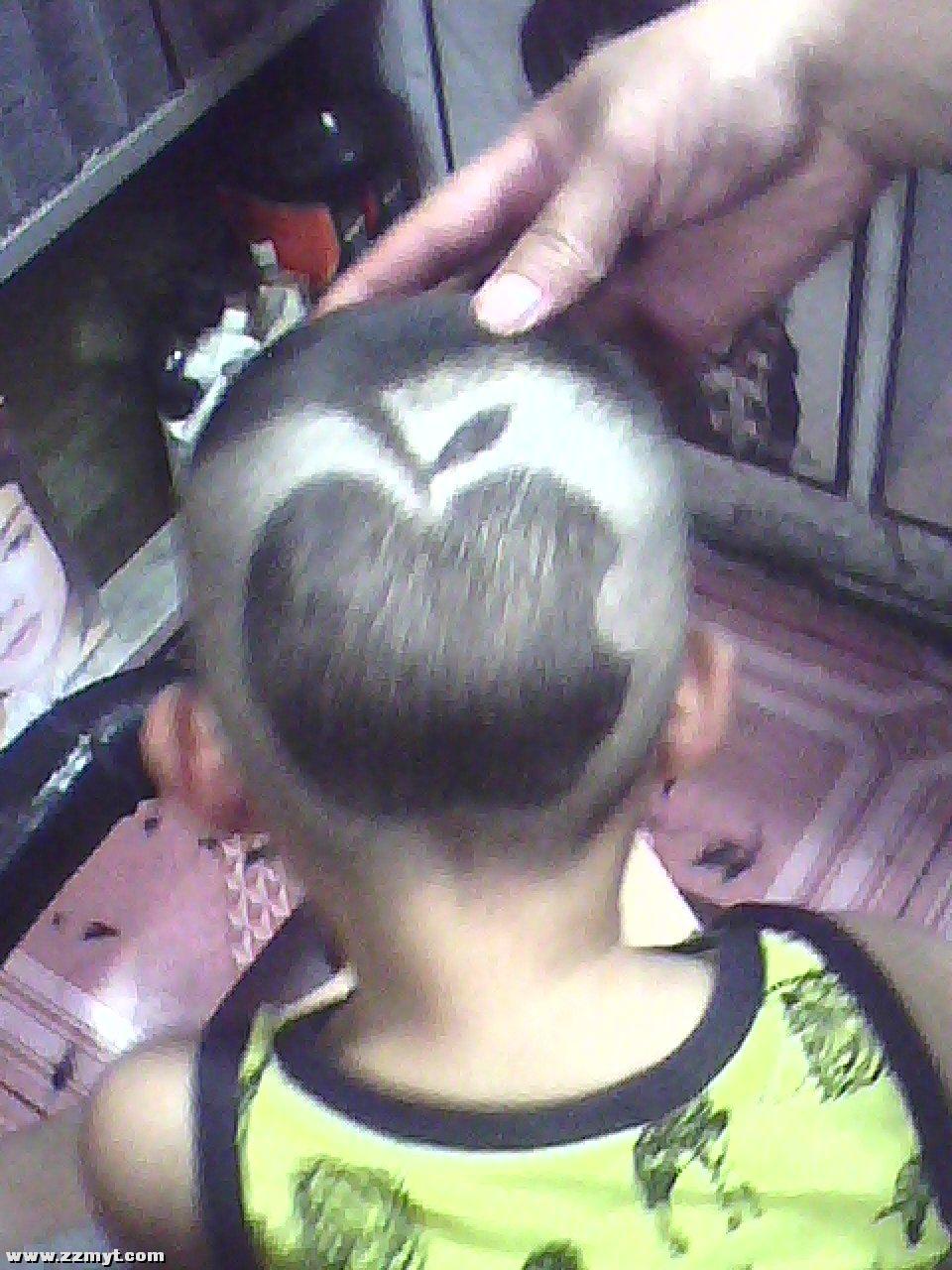雕刻儿童苹果发型图片