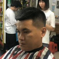 男发前倾短发修剪(共1集)