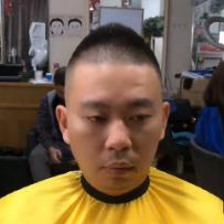 男发子弹头修剪(共1集)